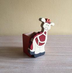 Zsiráf ceruzatartó